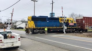 Download Railroad Switching At Malfunctioning Railroad Crossing! Shortline Railroads In Ohio Video