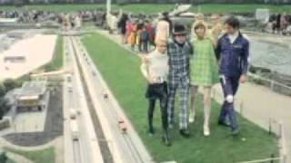 Download DOOP FASHION 1969 - Pierre Cardin and Funky Fashion Video