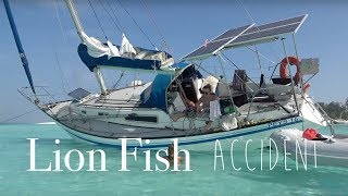 Download EMERGENCY at sea (Lion Fish Accident) Video