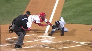 Download WS2008 Gm5: Utley fires home to get Bartlett Video
