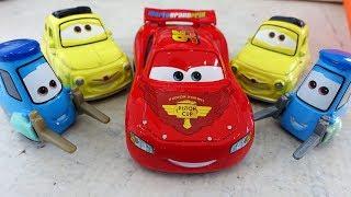 Download ТАЧКИ 3 Машинки Молния Маквин Гвидо и Луиджи Новые Мультики про машинки 2017 для детей Disney CARS 3 Video
