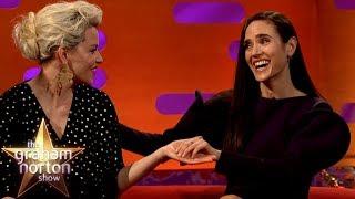 Download Elizabeth Banks & Jennifer Connelly LOVE The British Accent | The Graham Norton Show Video