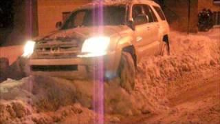 Download 4th Gen Toyota 4Runner in Snow Video