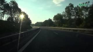Download Von Deutschland nach Österreich auf der A8 / A1 / A10 Video
