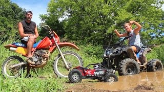 Download RC Mud Puddle Bash With My Daughter Mya - Axial Yeti XL & ATV Action Video