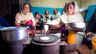 Download LONG LIFE FOOD in Hunza Valley - HEAVEN ON EARTH, Pakistan   Pakistani Food Tour! Video
