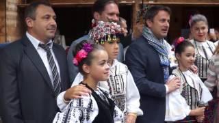 Download Premierul luxemburghez Xavier Bettel oaspetele CJ Sibiu într-o incursiune în tradițiile locale Video