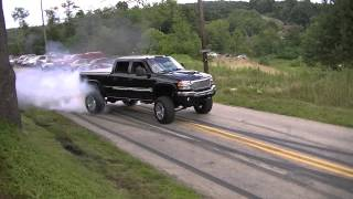 Download 2014 Burnouts Leaving Car Show Video