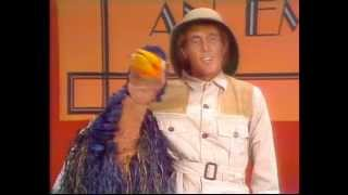 Download Rod Hull And Emu - How To Groom An Emu Video