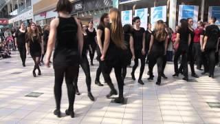 Download St' Patrick's day - Flashmob Mercator Ljubljana Video