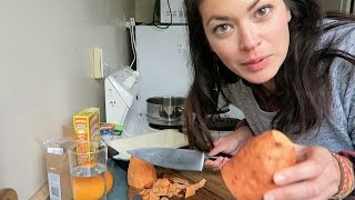 Download Cooking Thanksgiving Dinner in New Zealand Video