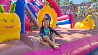 Download เด็กจิ๋ว@ดาษดาDasada ตอน10 2 เล่นน้ำพุเต้นระบำ สไลเดอร์ยักษ์ [N'Prim W257] Video
