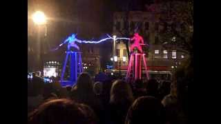 Download Two men + two Tesla coils + special suits = ELECTRICITY FIGHT! Video