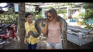 Download HO CHI MINH IN 24 HOURS... VIETNAM FROM WAR MUSEUMS TO MAKING COCO SWEETS RIVER TRIPS AND SNAKES... Video