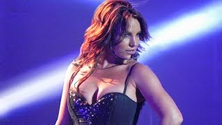Download 7 MINUTES of Britney Spears Slaying as a Brunette (Piece Of Me Show) Video