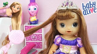 Download BABY ALIVE TRANSFORMOU EM PRINCESA RAPUNZEL MINHA BONECA LINDOS PENTEADOS Video