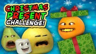 Download Annoying Orange - Christmas Present Challenge! Video