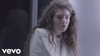 Download Lorde - Yellow Flicker Beat (Hunger Games) Video