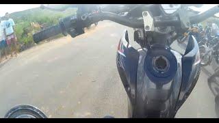 Download Grau de bros tirando a tampa do tanque Video
