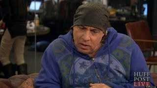 Download Stevie Van Zandt Remembers James Gandolfini Video