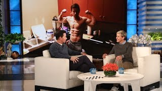 Download Mark Wahlberg Takes the Audience by Surprise Video