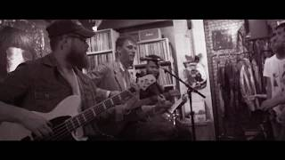 Download Machine Gun Kelly - Kiss The Sky (Acoustic) Video