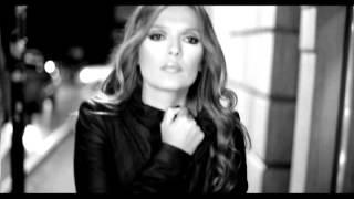 Download Demet Akalın - Bozuyorum Yeminimi Video