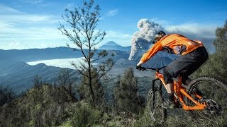 Download Trail Eruption: Seeking Mount Bromo with Kurt Sorge Video