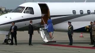Download Princess Charlotte needs a hand to board the royal jet Video