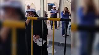 Download زغاريد ورقص بالعصا فى ثالث أيام انتخابات المصريين بالكويت Video
