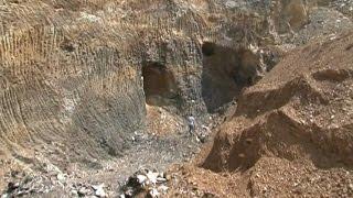 Download Khai thác khoáng sản trái phép tại xã Văn Hán - huyện Đồng Hỷ Video