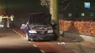 Download Twee mannen van 19 jaar zwaargewond bij ongeval op Griendtsveensweg in Deurne Video