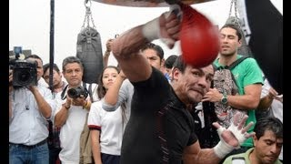 Download Juan Manuel ″Dinamita″ Márquez EXPLODES a speed bag Video