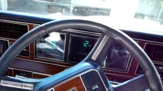 Download Lincoln Town Car Video