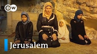 Download Jerusalem: Three religions, three families | Faith Matters Video