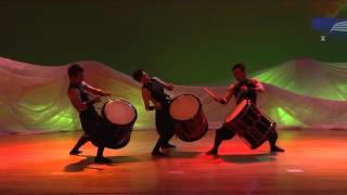 Download Wadaiko: Celebrating the rhythmic beauty of drumming | Shien | TEDxKyoto Video
