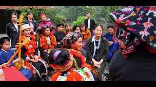Download Renomada violinista, Midori visita Vietnã e conscientiza mulheres rurais pela música Video