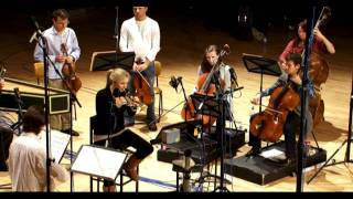 Download ALISON BALSOM - VIVALDI: Violin Concerto in A minor (clip) Video