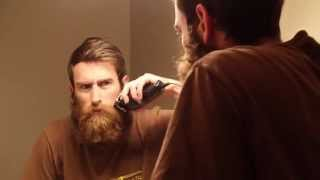 Download Guy Shaves Off Huge Beard for Mother for Christmas. Watch His Mom's Reaction! Video