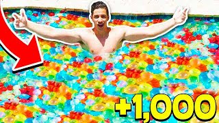 Download FILLING MY POOL WITH 1,000+ WATER BALLOONS! (With MooseCraft) Video