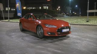 Download Tesla Model S P85 review after 2 years 210k km/130k mi - user experience Video