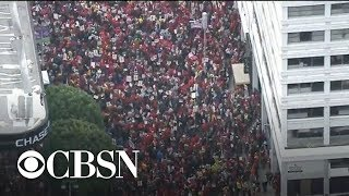 Download Los Angeles teachers strike for third day Video