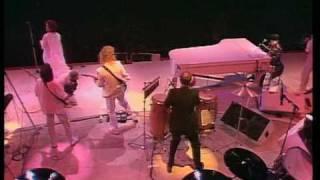 Download Elton John & Kiki Dee - Don't Go Breaking My Heart (Live Aid) Video