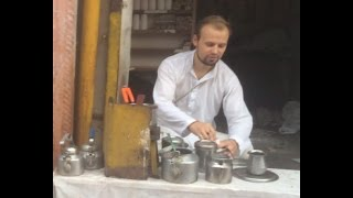 Download crazy foreigner selling tea in india Video