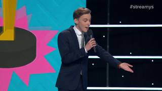 Download Jon Cozart Roasts Lilly Singh, Liza Koshy & Casey Neistat with a Song - Streamys 2017 Video