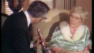 Download Mary Pickford receiving an Honorary Oscar® Video