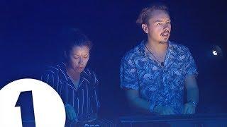 Download Monki B2B Purple Disco Machine - Radio 1 in Ibiza 2018 - Café Mambo | FLASHING IMAGES Video