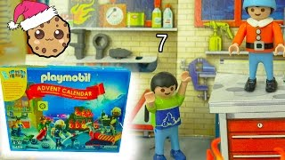 Download Fire! Playmobil Holiday Christmas Advent Calendar - Toy Surprise Blind Bags Day 7 Video