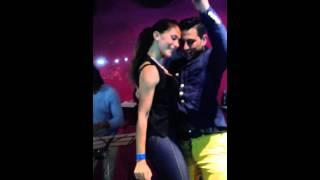 Download Daniel y Desiree en el concierto de Daniel Santacruz Video