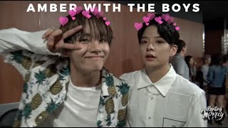 Download Amber interactions with male idols lol Video